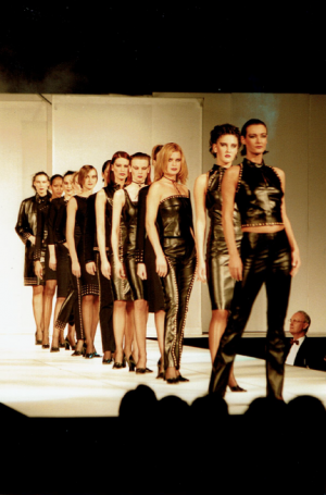 EVENTS_DESIGNERS_VERSACE_CLASSIC_V2_6